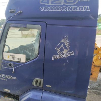 Кабина Renault Premium синяя Механическая КПП