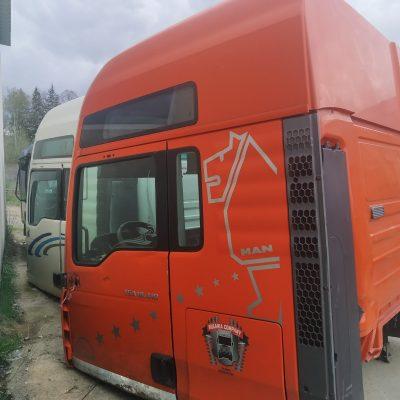 Кабина XXL МАН ТГА оранжевая 18.410 АКПП 2004 года