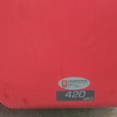 Кабина красная Renault Premium DCI 420 МКПП 2005