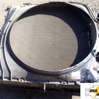 Радиатор охлаждения двигателя Volvo FH