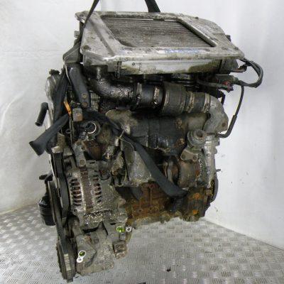 Двигатель дизельный на Nissan X-trail T30 2,2 dCi