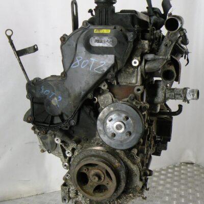 Двигатель дизельный на Nissan Navara D40 2,5 dCi